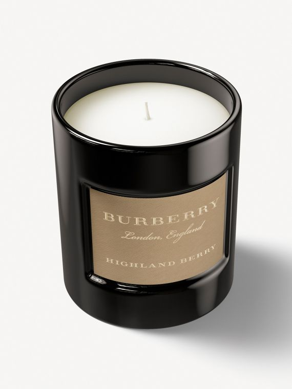 Highland Berry Fragranced Candle – 240g
