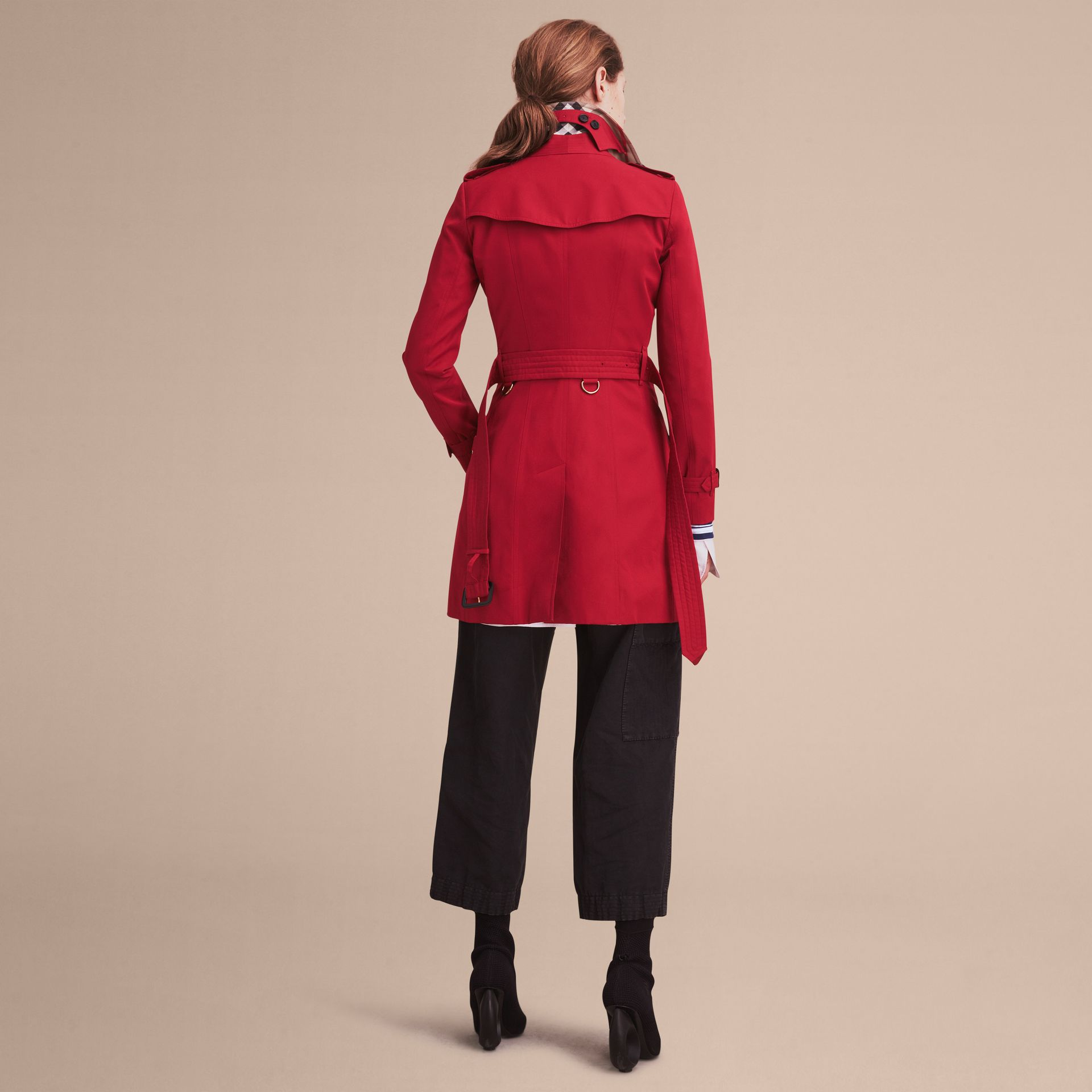 Parade red The Chelsea – Mid-length Heritage Trench Coat Parade Red - gallery image 4