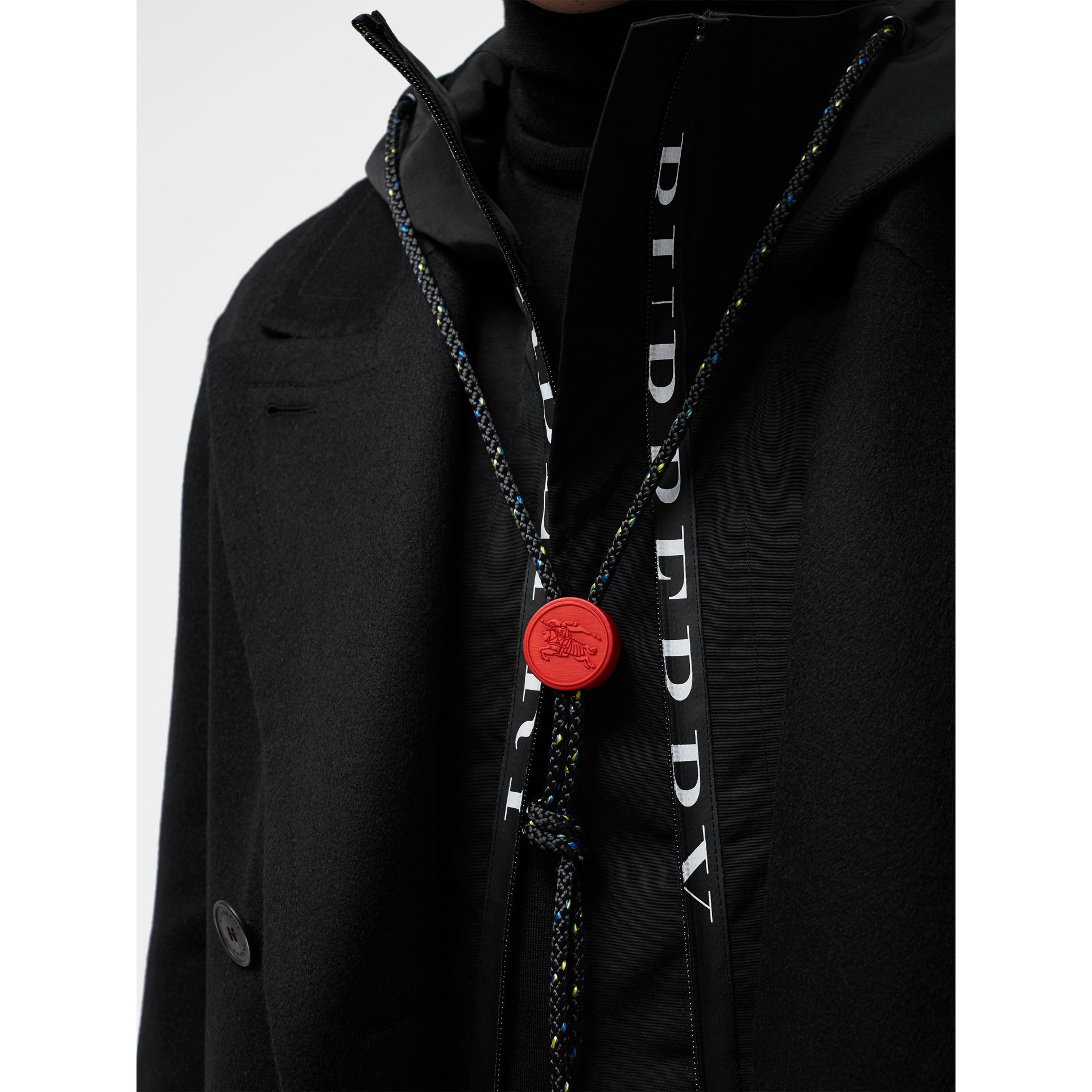 Manteau ajusté en cachemire double face (Noir) - Homme | Burberry - photo de la galerie 4