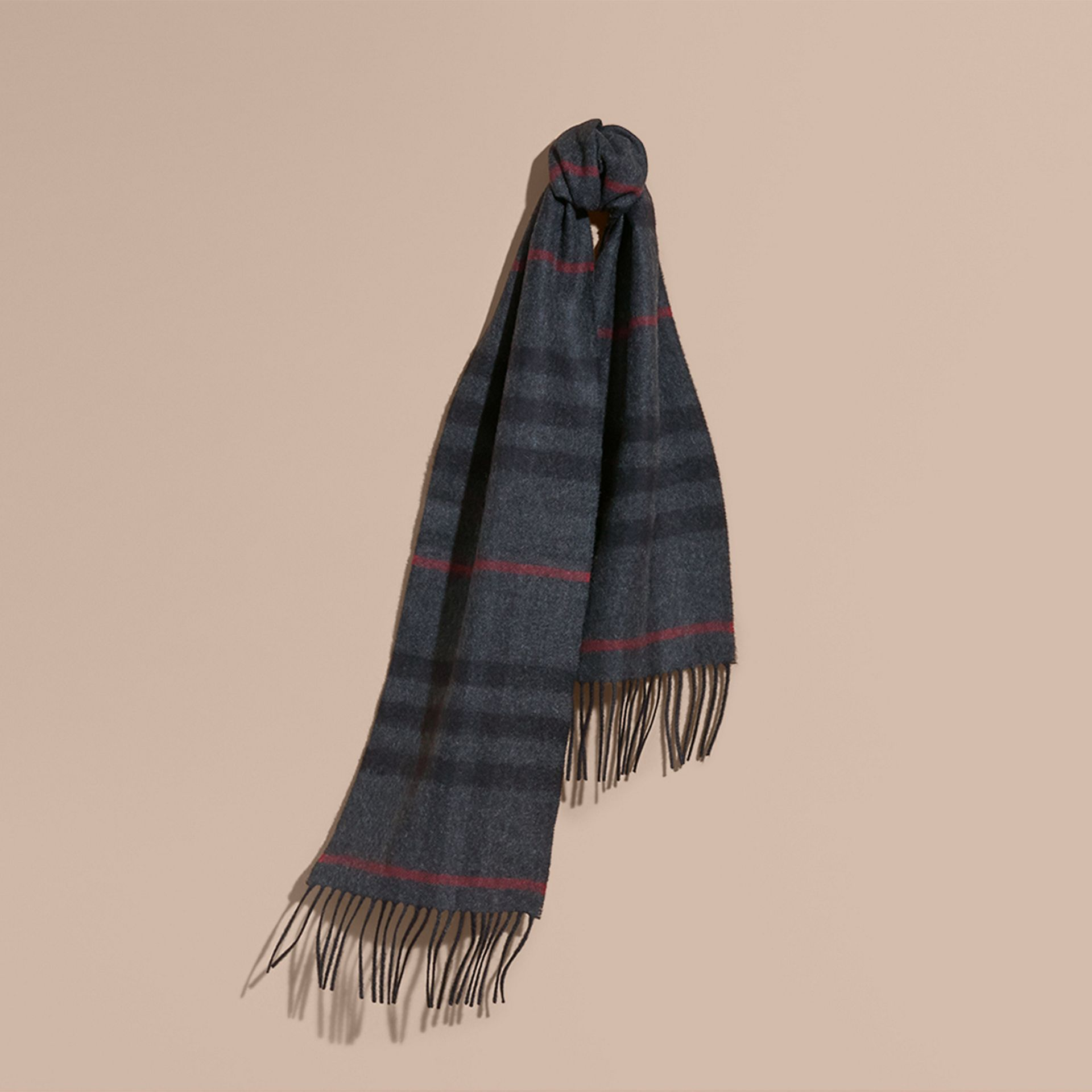 The Mini Classic Cashmere Scarf in Check in Charcoal | Burberry - gallery image 4