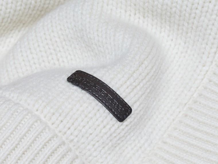 Bianco naturale Coperta per neonato in cashmere con cuore a intarsio - cell image 1