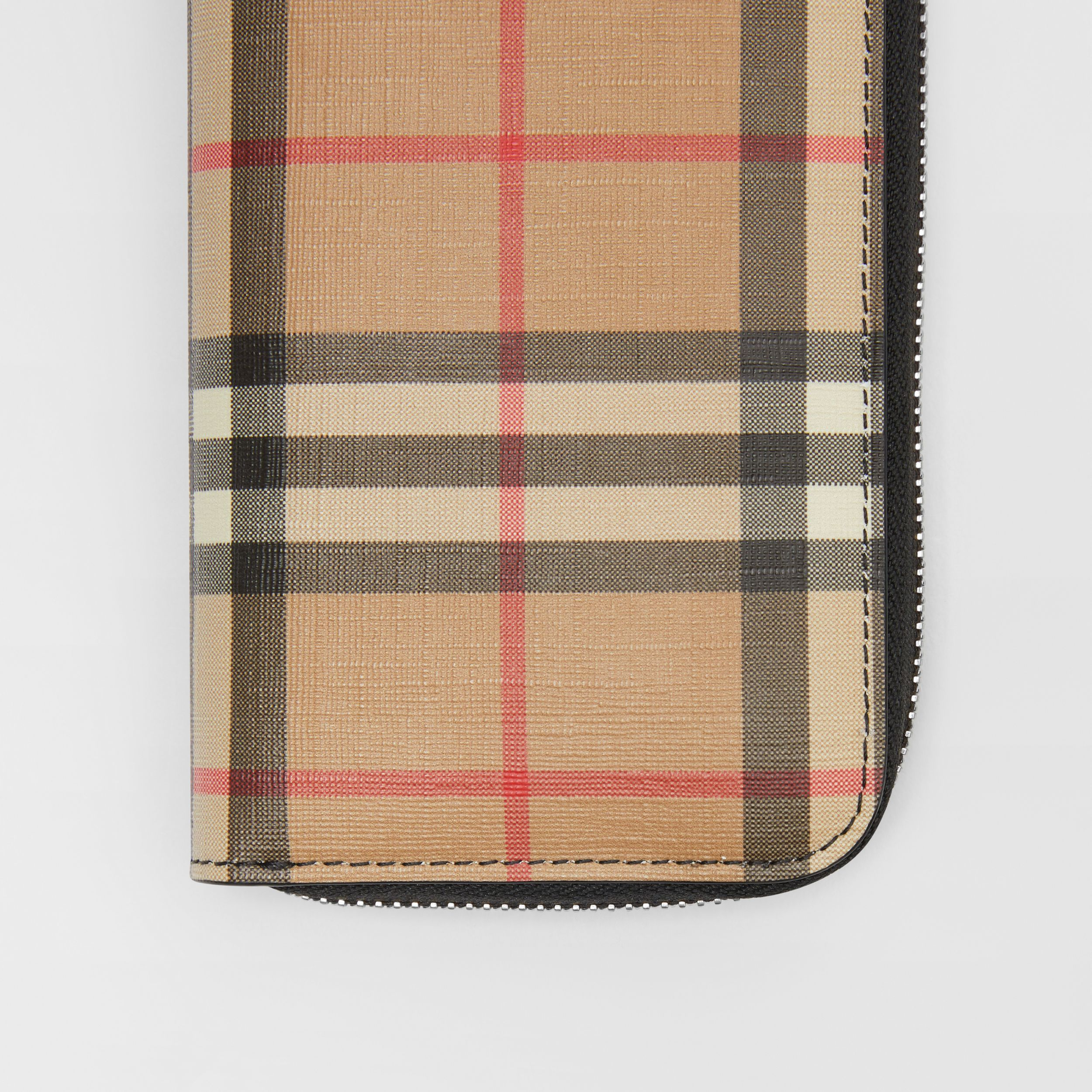 Vintage Check and Leather Ziparound Wallet in Black - Women | Burberry - 2