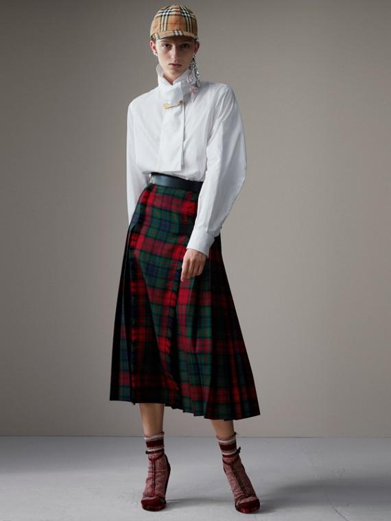 Tartan Wool High-waisted Kilt in Bright Red