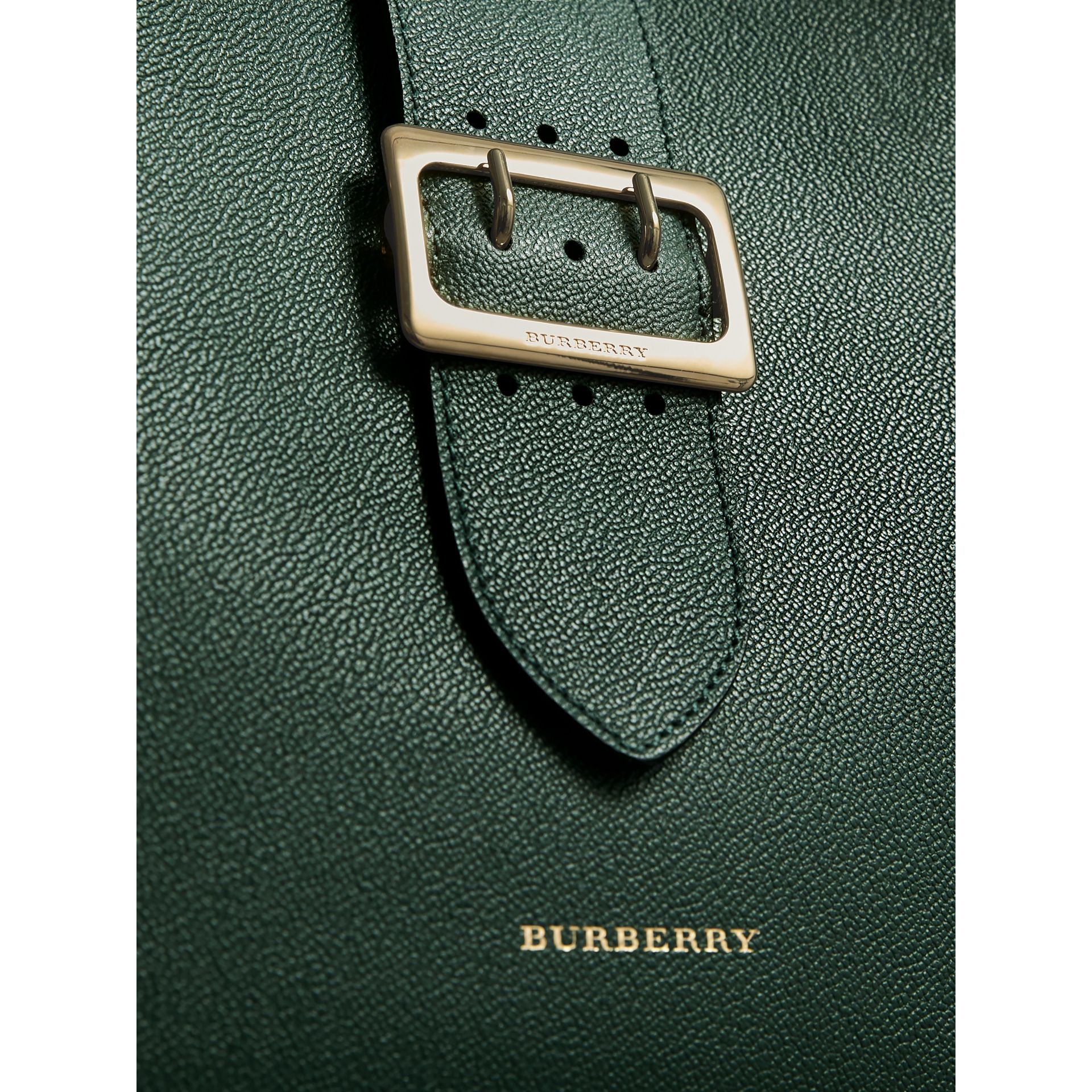 The Medium Buckle Tote in Grainy Leather in Sea Green - Women | Burberry - gallery image 2