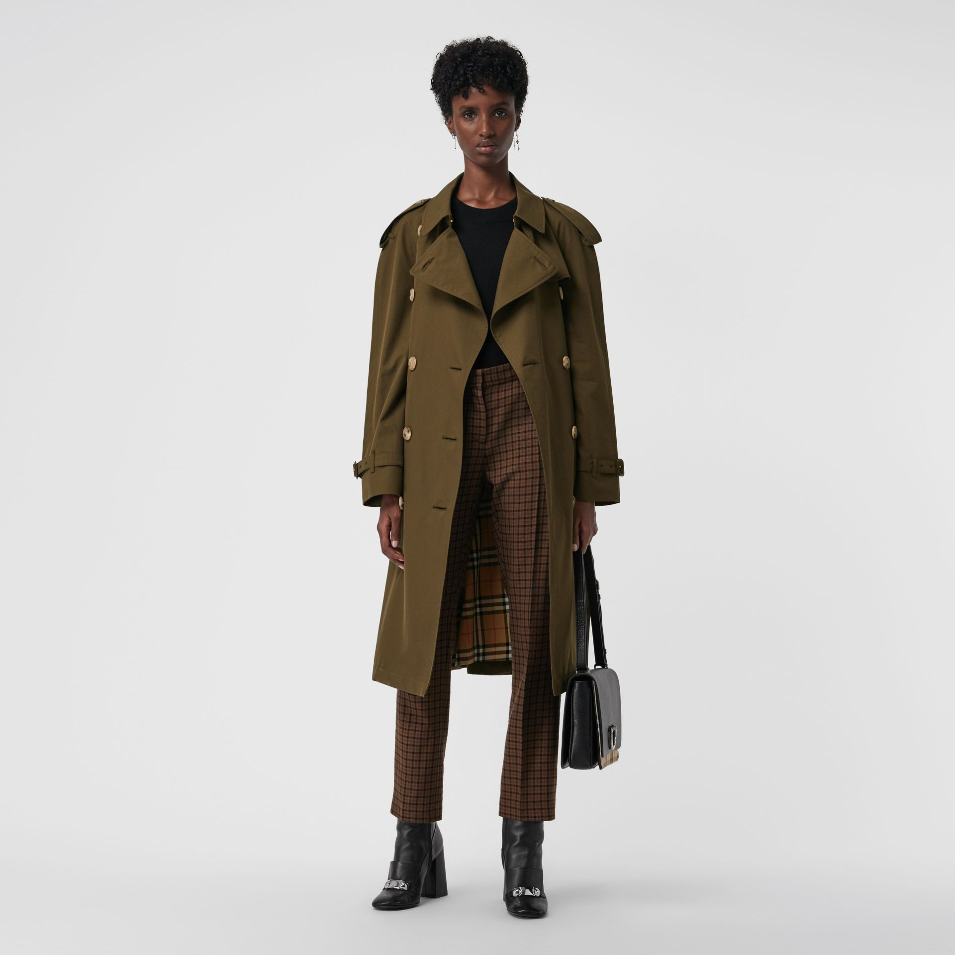 The Westminster Heritage Trench Coat in Dark Military Khaki - Women | Burberry United Kingdom - gallery image 6
