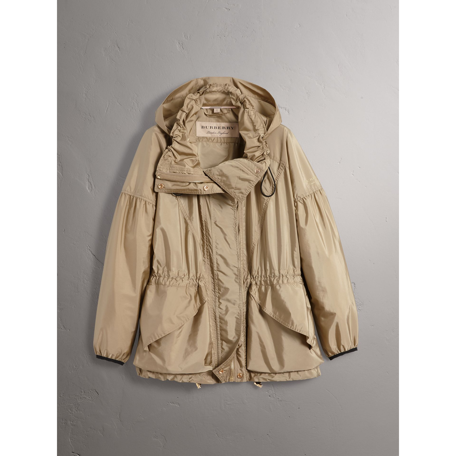 Packaway Hood Lightweight Rain Jacket in Sisal - Women | Burberry - gallery image 4