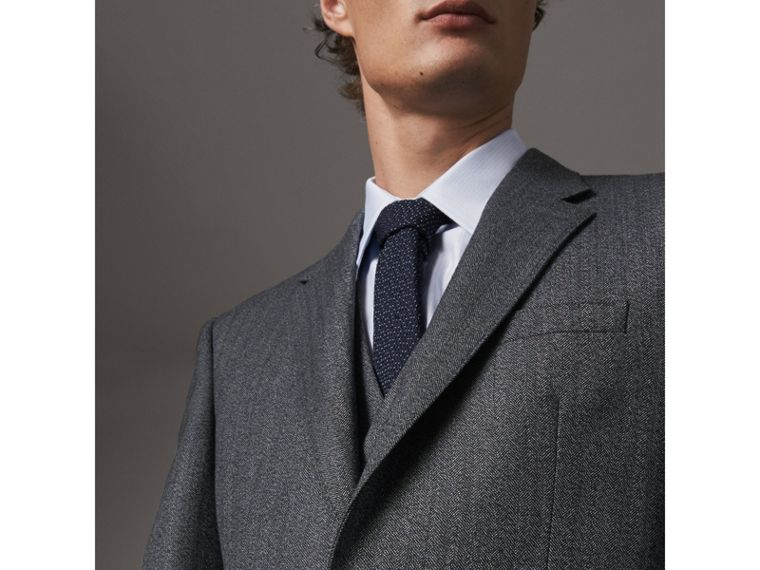 Modern Fit Wool Part-canvas Three-piece Suit in Charcoal - Men | Burberry Singapore - cell image 4