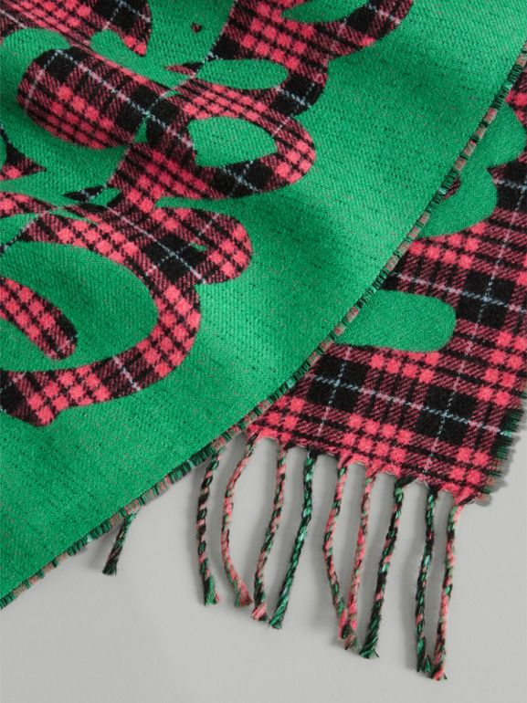 Graffiti and Tartan Wool Jacquard Scarf in Pomegranate | Burberry Australia - cell image 1