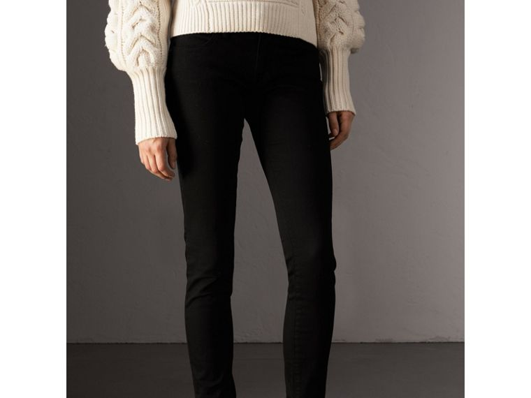 Skinny Fit Low-Rise Deep Black Jeans - Women | Burberry - cell image 4