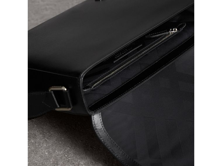 Medium London Leather Messenger Bag in Black - Men | Burberry - cell image 4