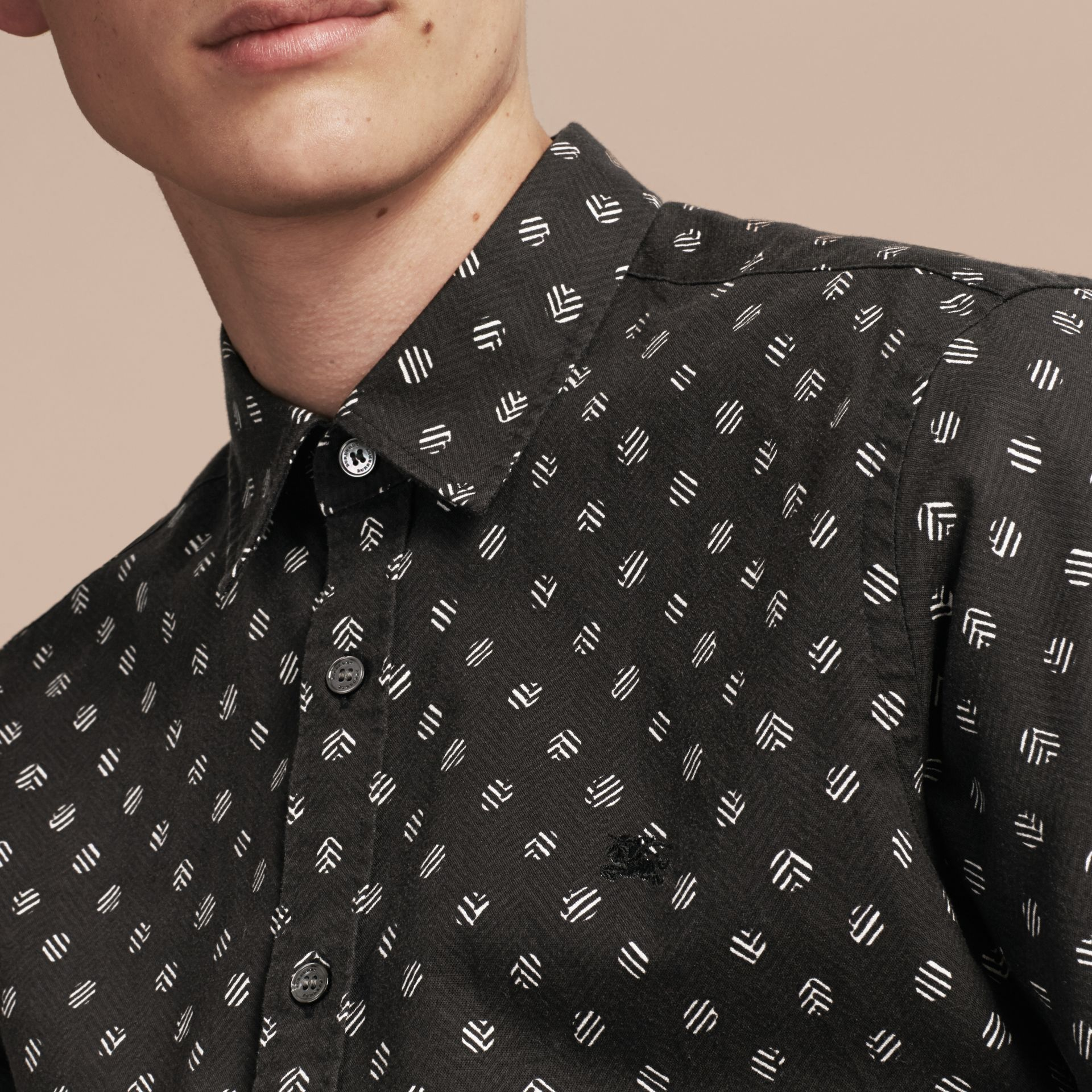 Black Short-sleeved Printed Cotton Linen Shirt - gallery image 5