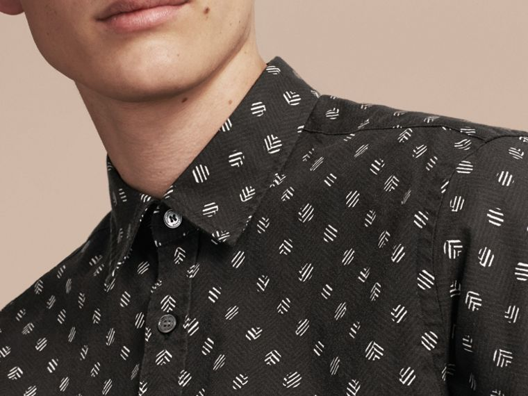Black Short-sleeved Printed Cotton Linen Shirt - cell image 4