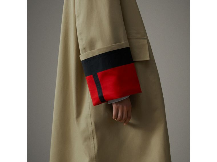 接合棉府綢密縫 Car Coat 大衣 (米色/紅色) - 女款 | Burberry - cell image 1