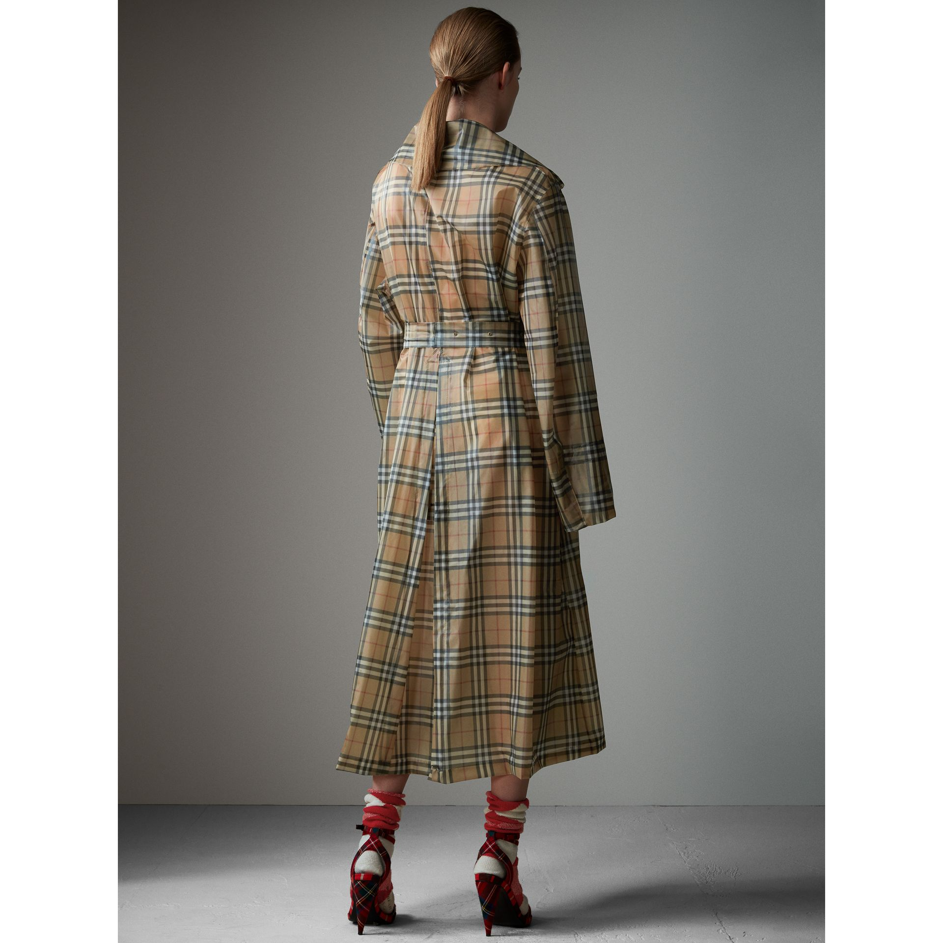 Vintage Check Soft-touch Plastic Single-breasted Coat in Antique Yellow - Women | Burberry Australia - gallery image 3