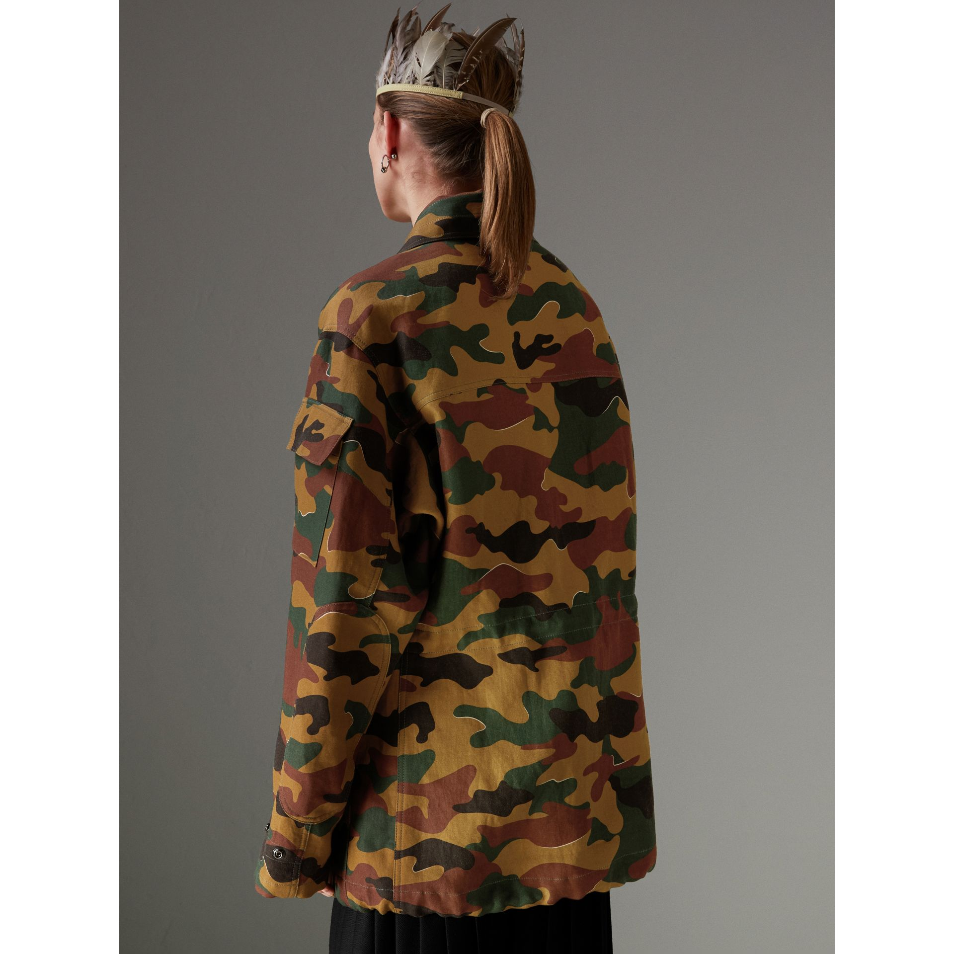 Boyfriend Fit Camouflage Print Jacket in Ochre Green - Women | Burberry Hong Kong - gallery image 2