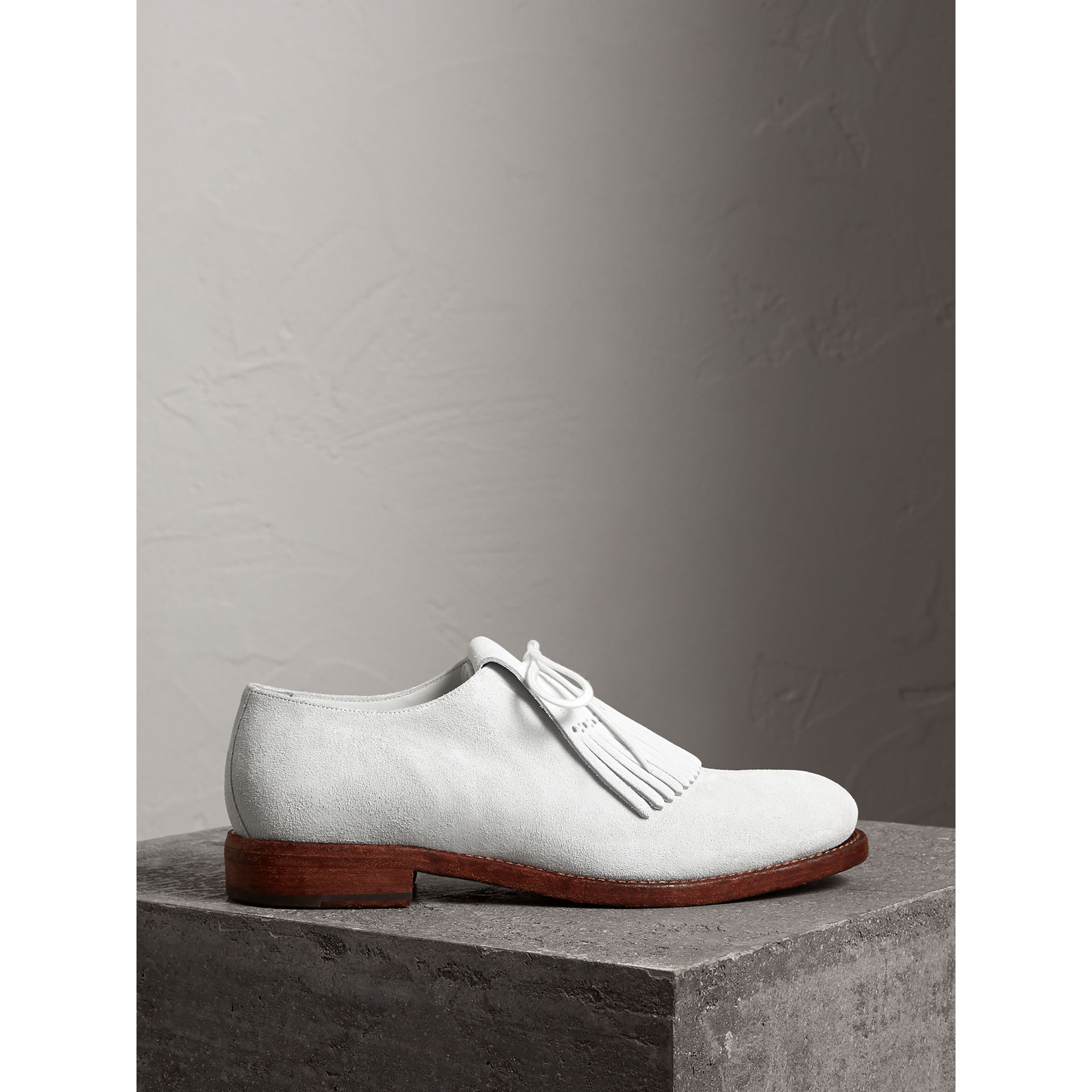 Lace-up Kiltie Fringe Suede Loafers in Off White - Men | Burberry Singapore - gallery image 4