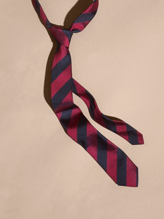 Slim Cut Stripe Jacquard Silk Tie Fuschia