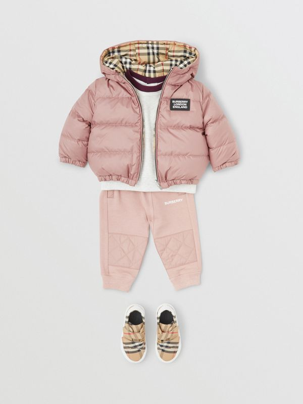 Reversible Vintage Check Down-filled Puffer Jacket in Lavender Pink - Children | Burberry - cell image 2
