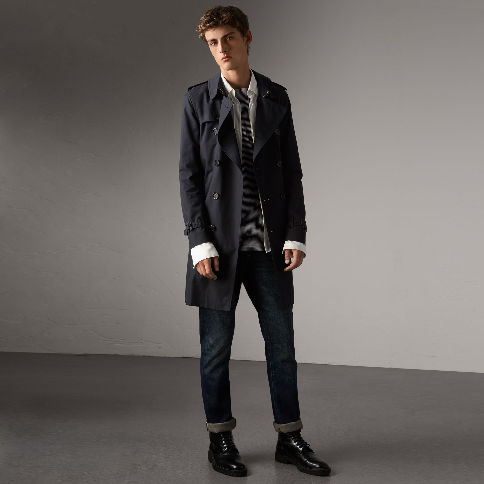 The Sandringham – Long Trench Coat in Navy - Men | Burberry - gallery image 0