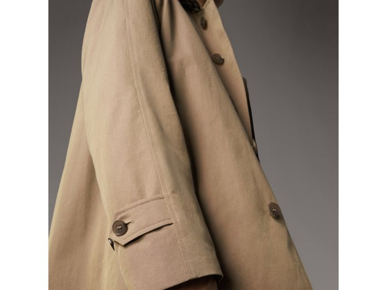 The Camden – Long Car Coat in Taupe Brown - Men | Burberry - cell image 4