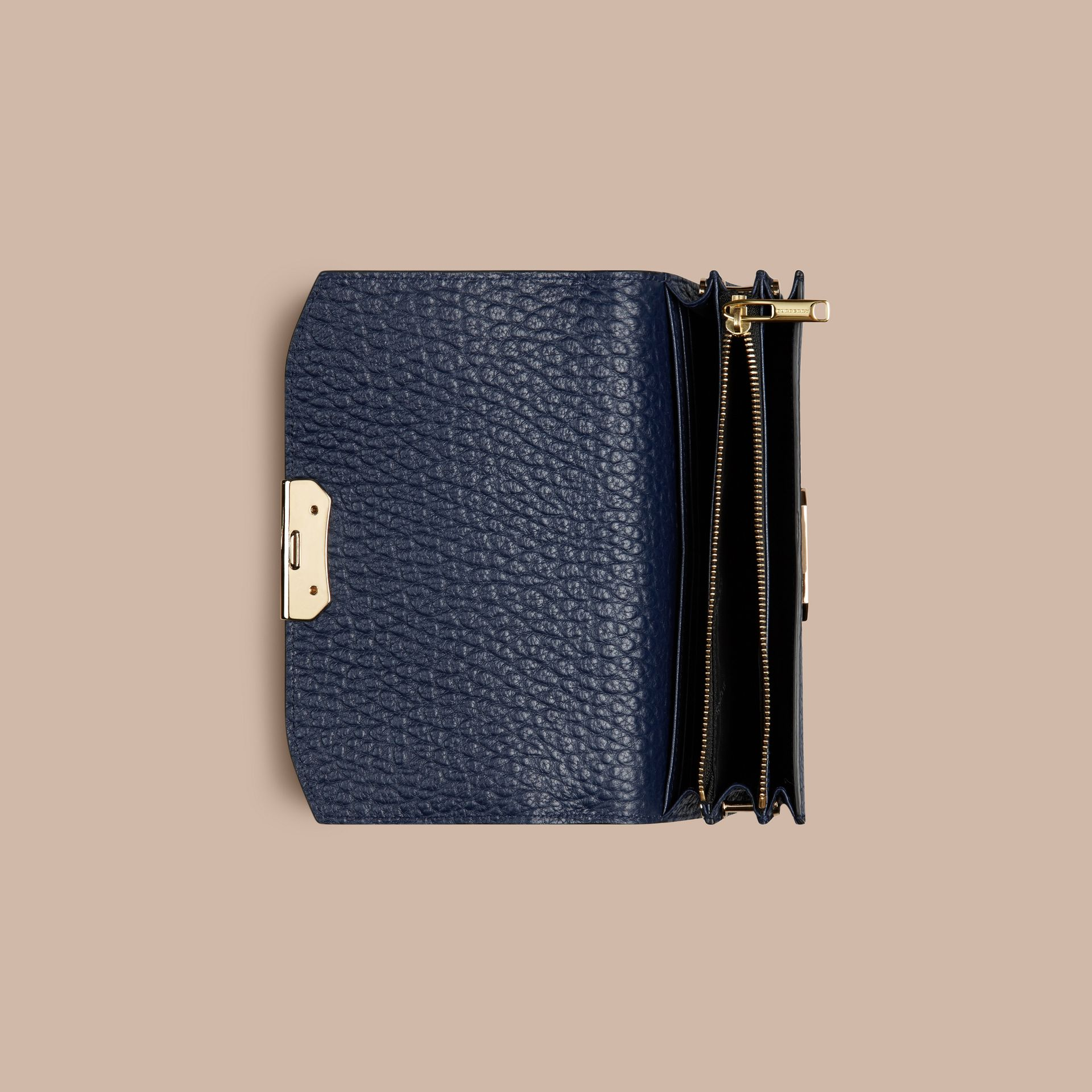 Blue carbon Small signature Grain Leather Clutch Bag with Chain - gallery image 6