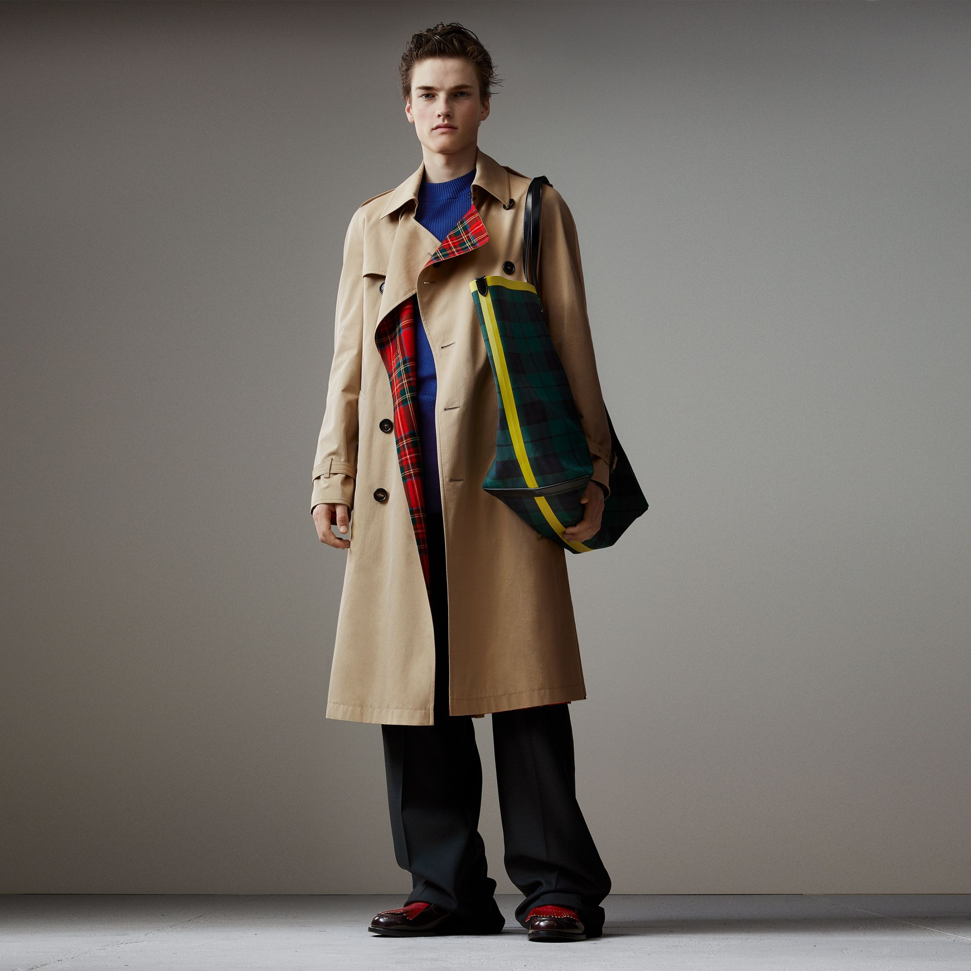 Tartan-lined Cotton Gabardine Trench Coat in Honey - Men | Burberry Australia - gallery image 0