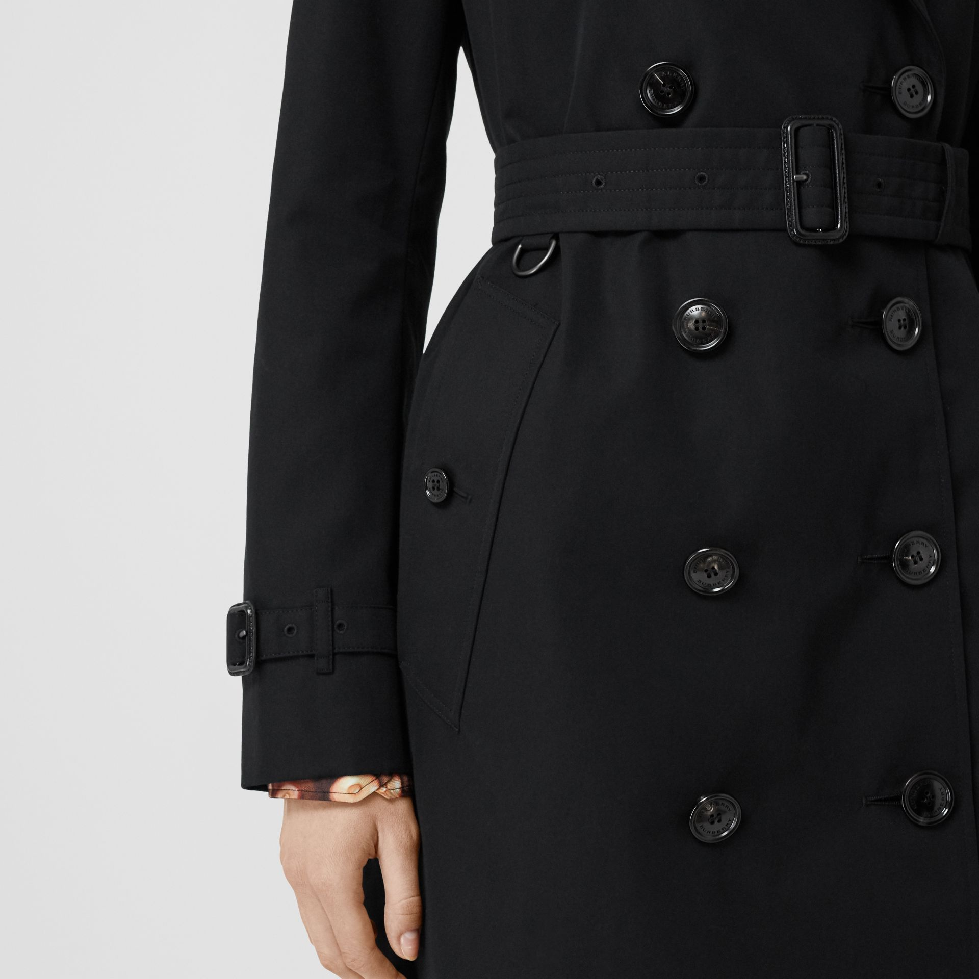 Kensington Fit Cotton Gabardine Trench Coat in Black - Women | Burberry - gallery image 5