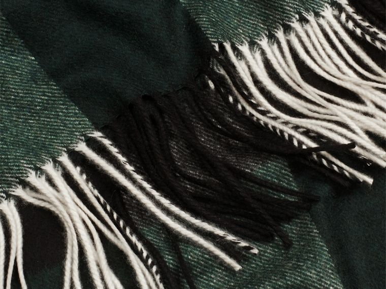 Check Cashmere Blanket in Dark Forest Green - cell image 1