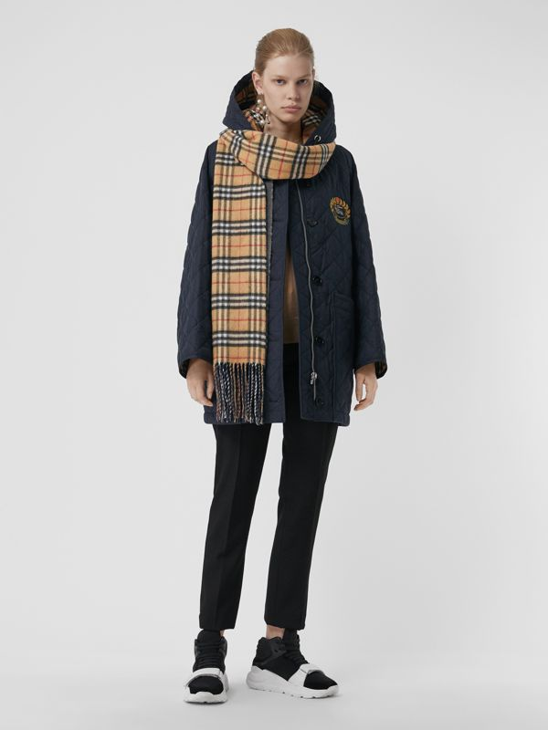 Long Reversible Vintage Check Double-faced Cashmere Scarf in Slate Blue | Burberry - cell image 2