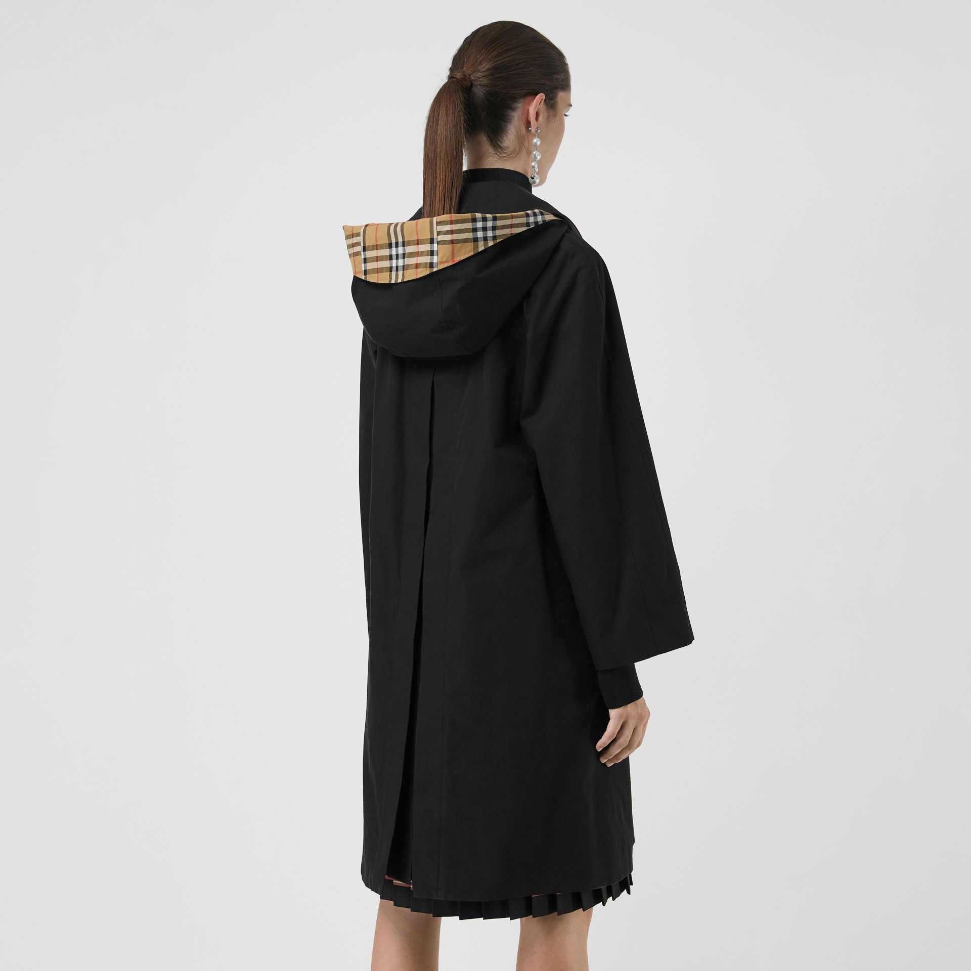 Detachable Hood Tropical Gabardine Car Coat in Black - Women | Burberry - gallery image 2