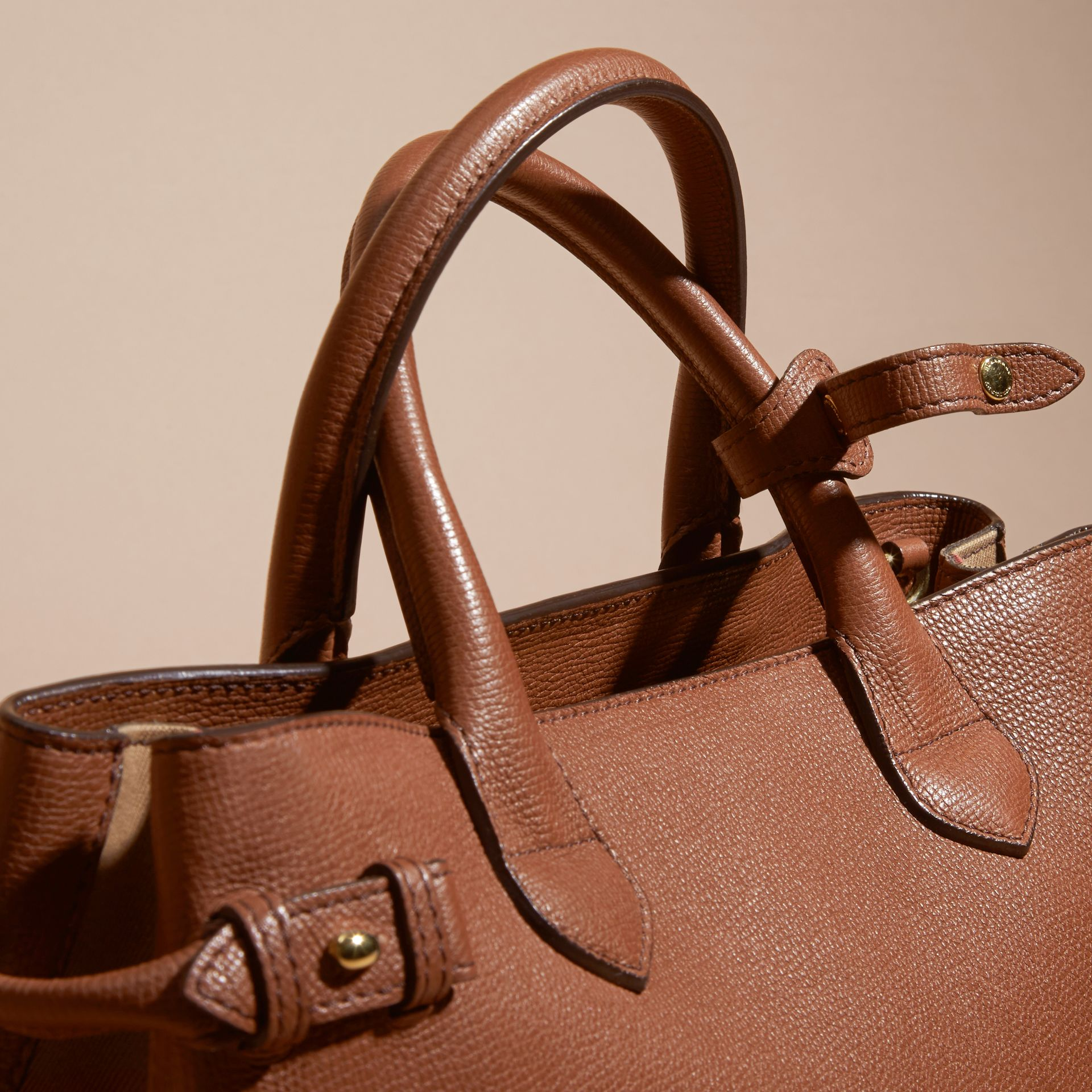 The Medium Banner in Leather and House Check in Tan - Women | Burberry - gallery image 2
