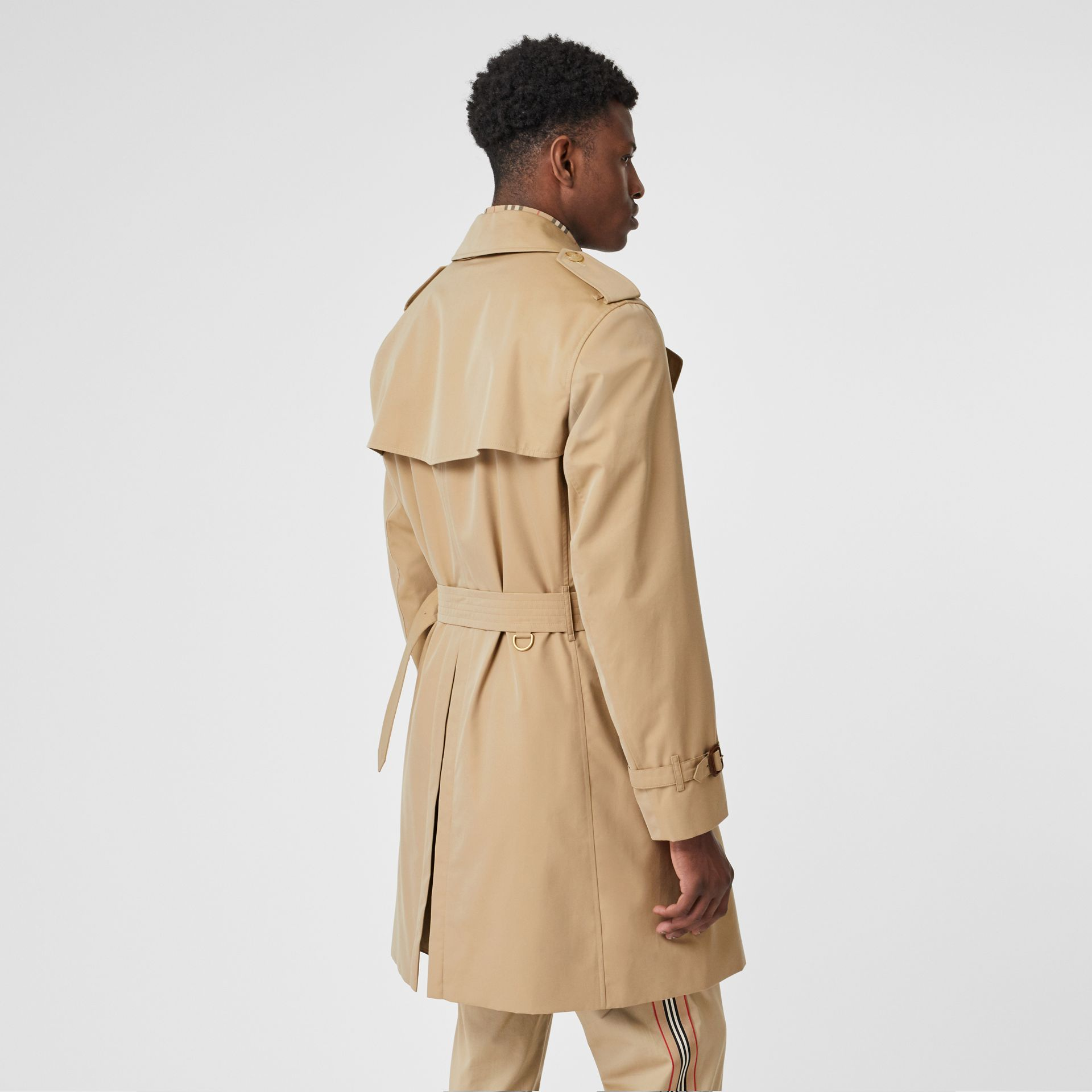 Trench Heritage The Chelsea (Miel) - Homme | Burberry Canada - photo de la galerie 2