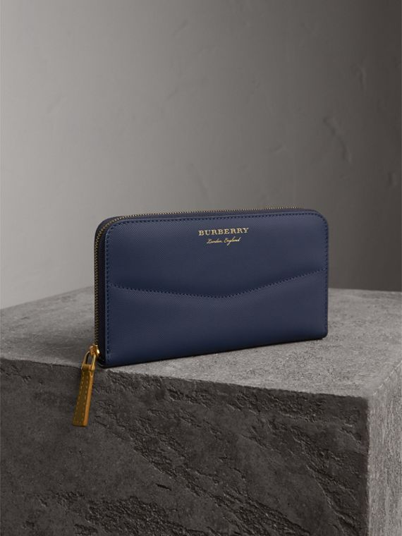Two-tone Trench Leather Ziparound Wallet in Ink Blue/ochre Yellow