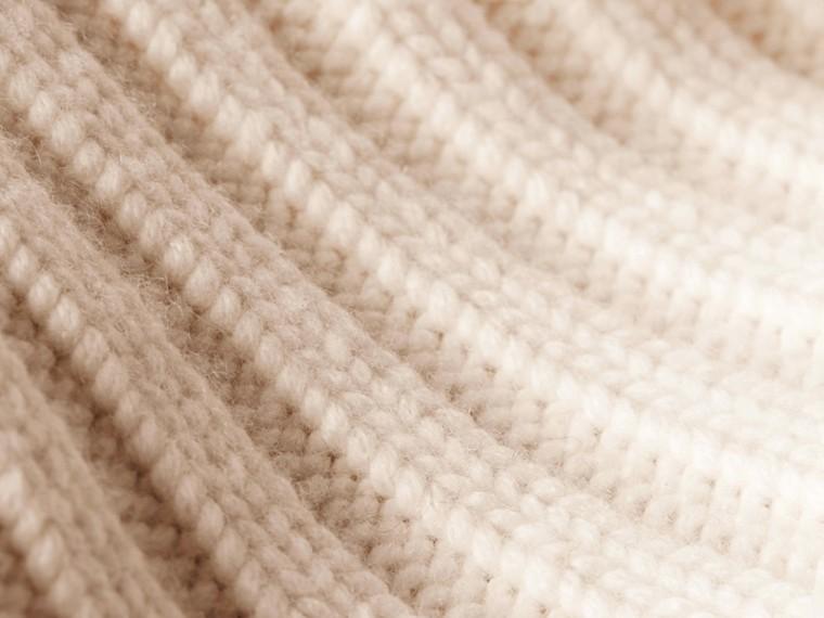 Bianco Cardigan in cashmere lavorato a maglia con cintura - cell image 1