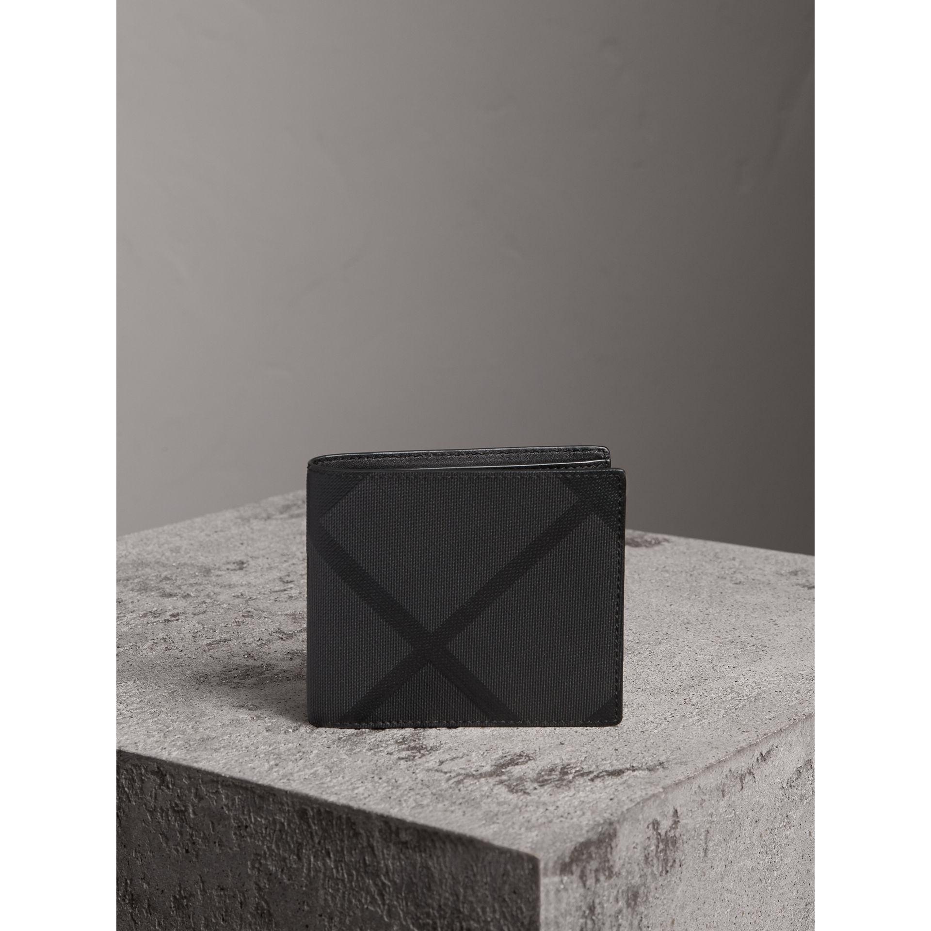 London Check ID Wallet in Charcoal/black - Men | Burberry Canada - gallery image 4