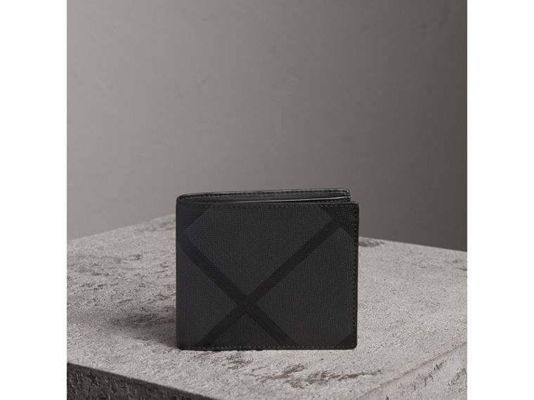 London Check ID Wallet in Charcoal/black - Men | Burberry Canada - cell image 4