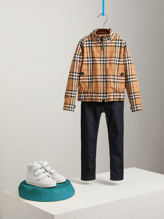 Reversible Gabardine and Vintage Check Harrington Jacket in Antique Yellow | Burberry - cell image 2