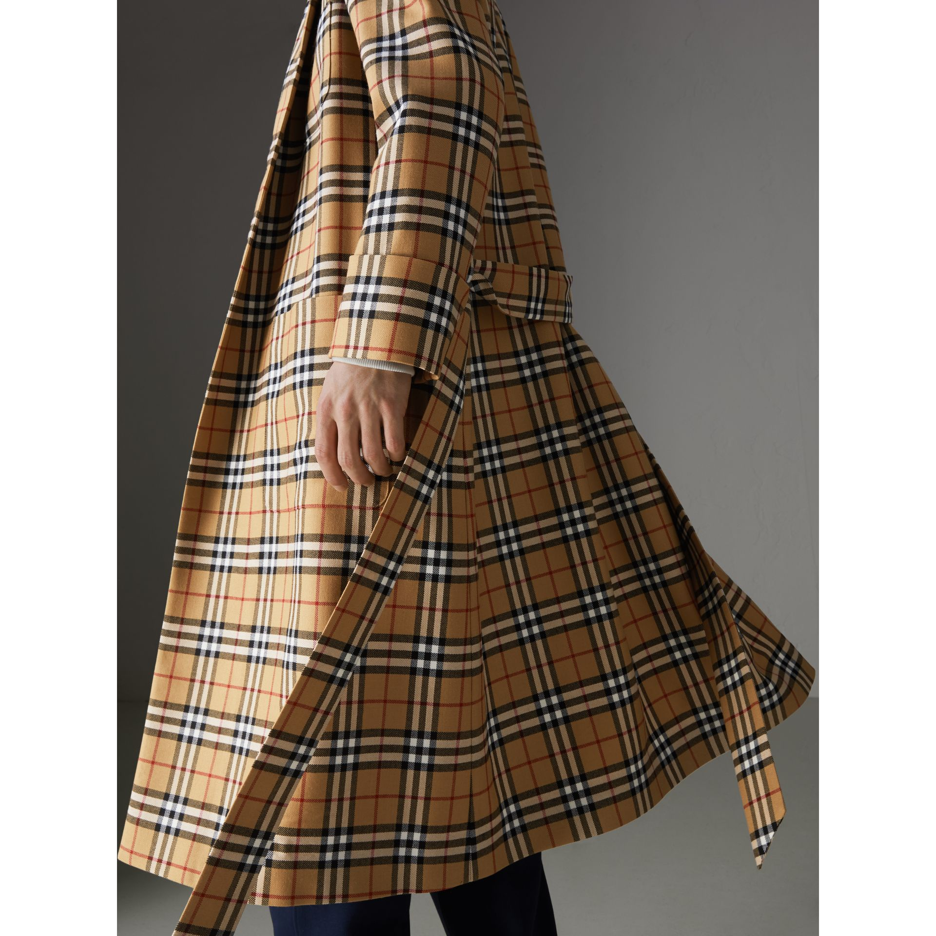 Reissued Vintage Check Dressing Gown Coat in Antique Yellow - Men | Burberry Australia - gallery image 5
