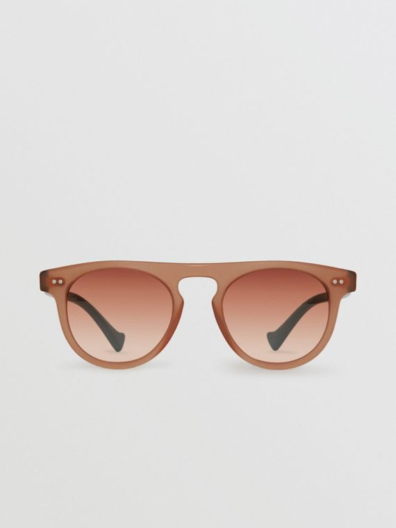 The Keyhole Round Frame Sunglasses in Brick Red