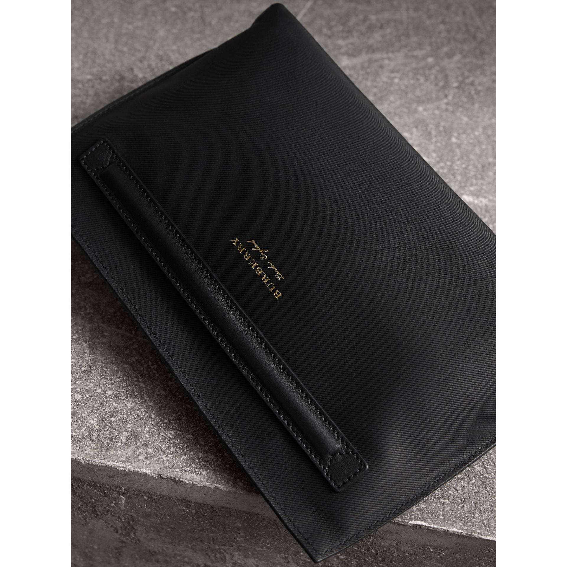 Trench Leather Wristlet Pouch in Black - Women | Burberry - gallery image 4