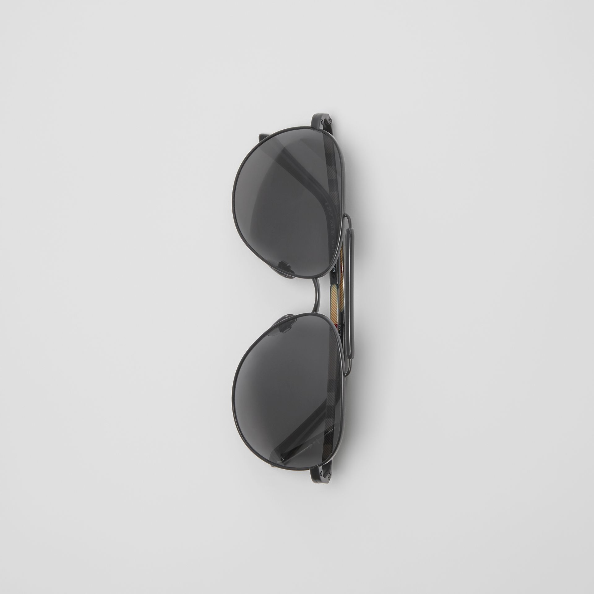 Top Bar Detail Pilot Sunglasses in Black - Men | Burberry - gallery image 3