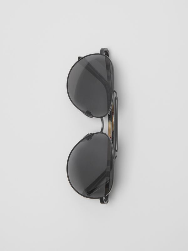 Top Bar Detail Pilot Sunglasses in Black - Men | Burberry United Kingdom - cell image 3