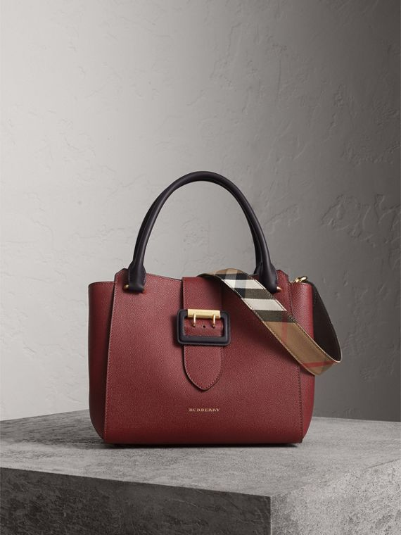 The Medium Buckle Tote in Two-tone Grainy Leather in Burgundy