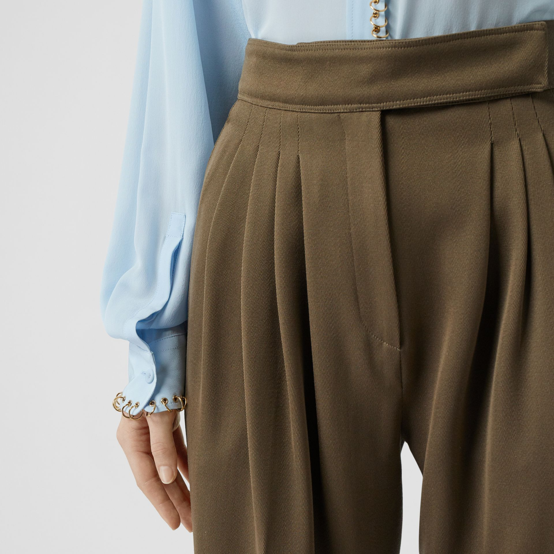 Pleat Detail Wool Twill Tailored Trousers in Warm Taupe - Women | Burberry - gallery image 5