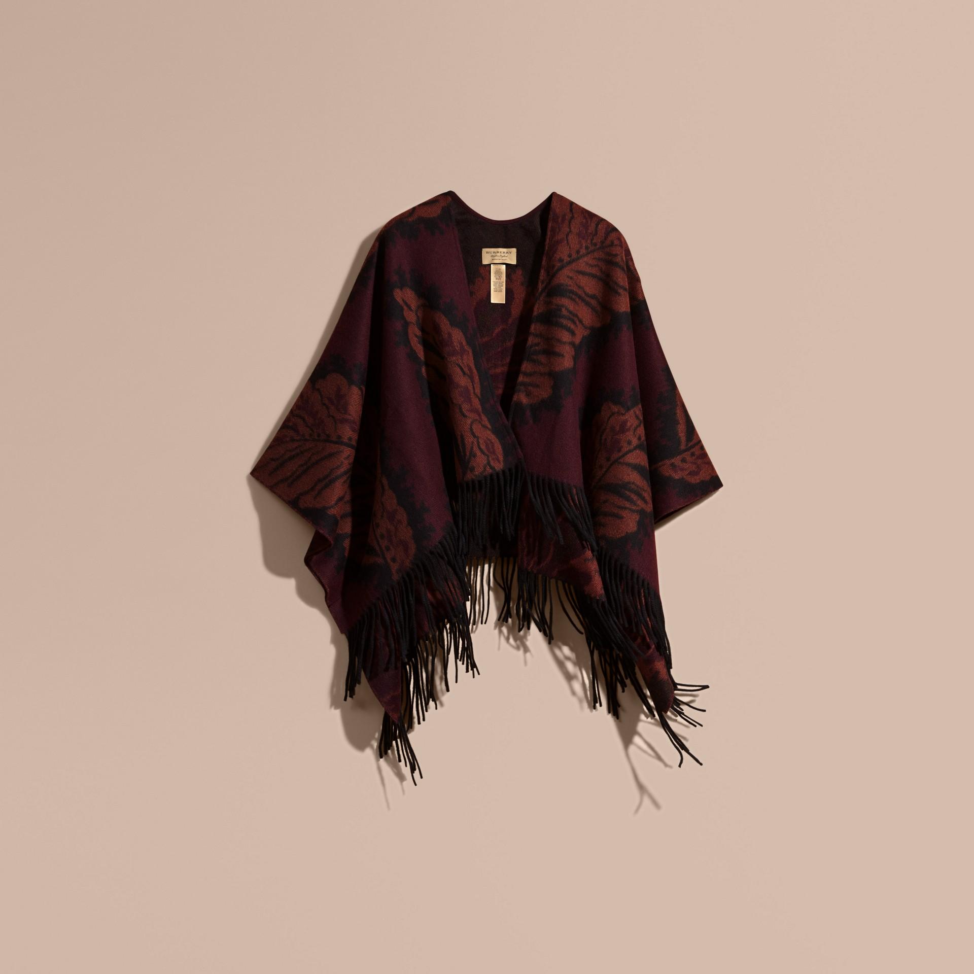 Garnet pink Poncho de cashmere com estampa de folhas em trama jacquard Garnet Pink - galeria de imagens 4