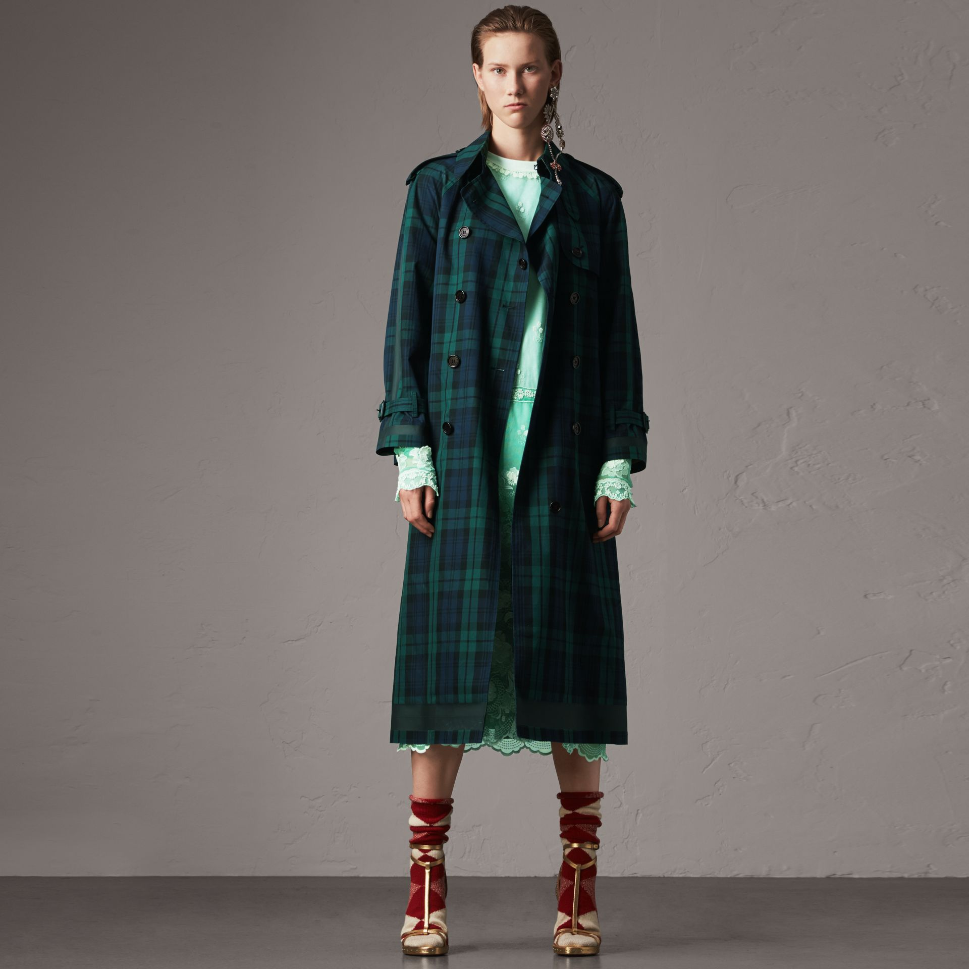 Tartan Cotton Gabardine Trench Coat in Bright Navy - Women | Burberry United Kingdom - gallery image 0
