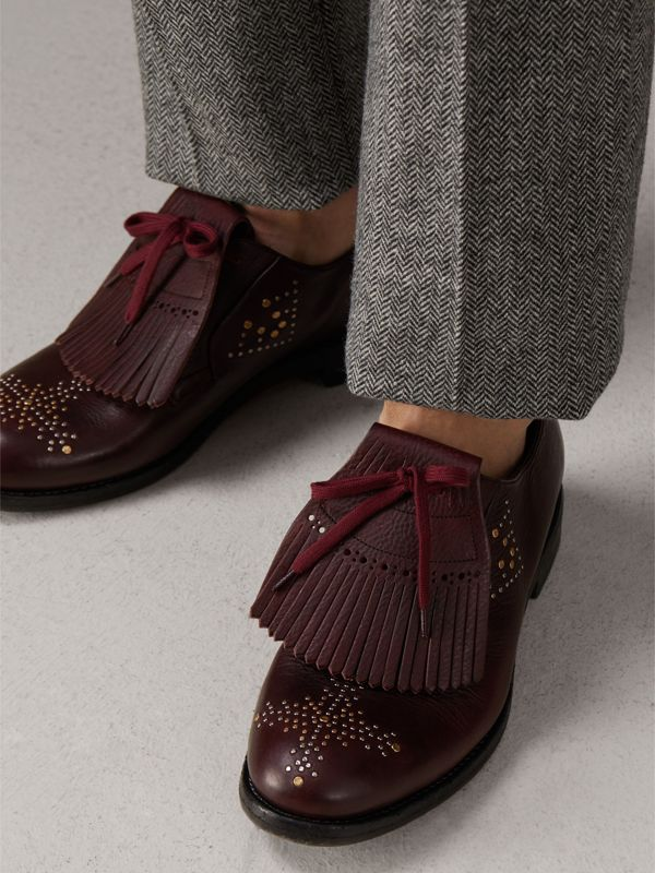 Lace-up Kiltie Fringe Riveted Leather Loafers in Cerise Purple - Men | Burberry - cell image 2