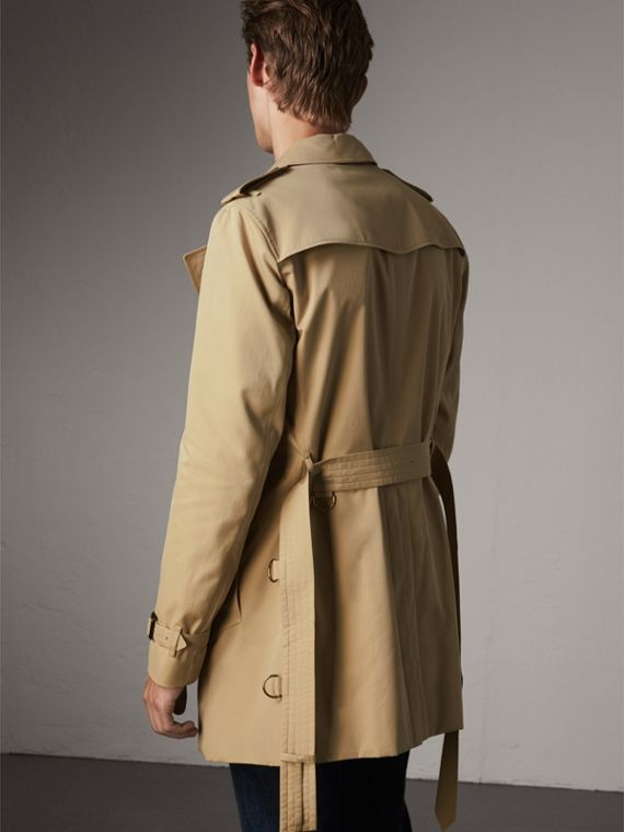The Chelsea – Mid-length Heritage Trench Coat in Honey - Men | Burberry Singapore - cell image 2