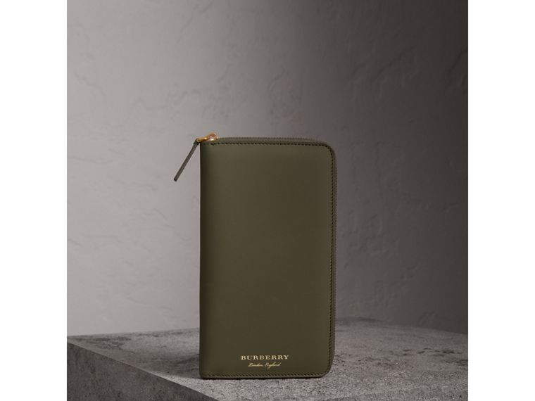 Trench Leather Ziparound Wallet in Slate Green - Men | Burberry Canada - cell image 4