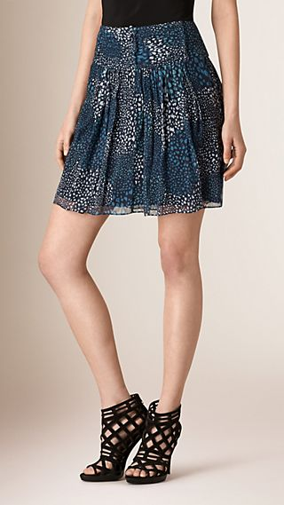 Ruched Detail Graphic Print Silk Skirt